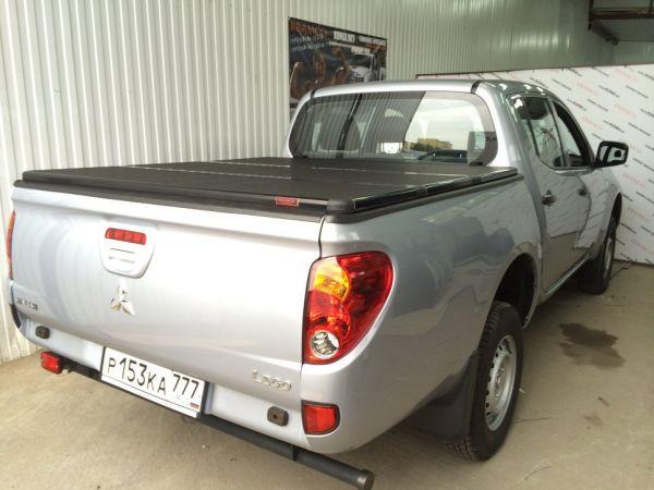 Жесткая трехсекционная крышка KRAMCO Mitsubishi L200 IV Long