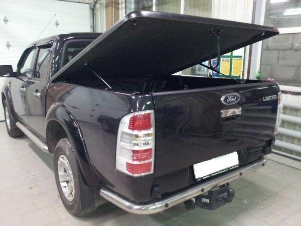 Пластиковая крышка KRAMCO Nissan Navara D40