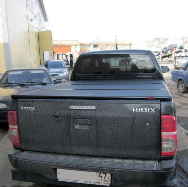 Жесткая трехсекционная крышка KRAMCO Toyota Hilux VII Vigo